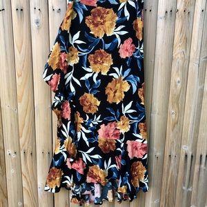 NWT Floral Print Skirt